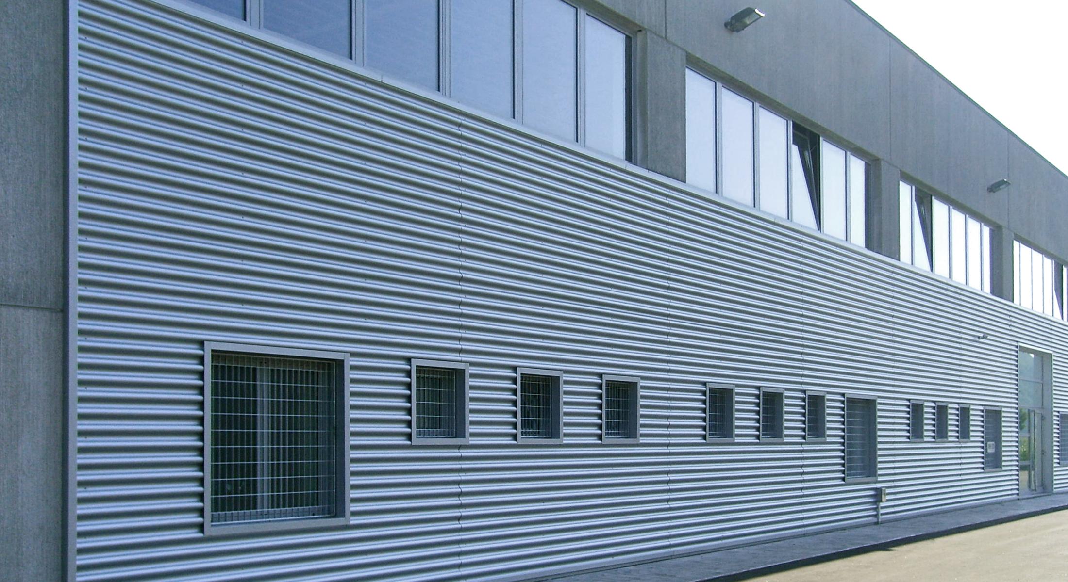Rivestimenti per scale esterne ep22 regardsdefemmes rivestimento scala esterna rivestimento - Griglie per finestre esterne ...